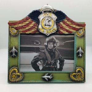 NEW!!U.S. Air Force Winged Picture Frame w/ Planes
